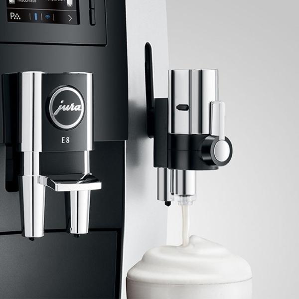 Profiklassi piimavahustaja kohvimasinal